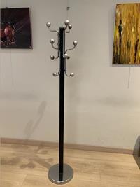 Metal elbise askısı