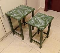 Vintage yeşil eskitme yaprak motifli ikili mini sehpa takımı  resmi