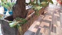 Dekoratif ağaç saksılık paravan 230x210