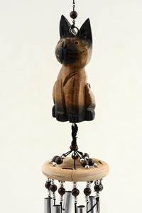 El oyma ahşap kedi formunda asma aparatlı rüzgar çanı  resmi