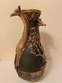 Polyester zürafalı vazo resmi