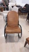 Sallanır deri koltuk resmi