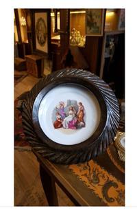 Antika masif çerçeveli royal damgalı oryantalist porselen tabak resmi