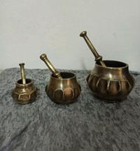 3 lü takım antika komple pirinç ağır ve etli havanlar resmi