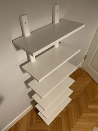 Ikea varde duvar rafı resmi