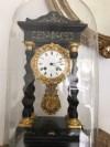 Fransız fanuslu saat