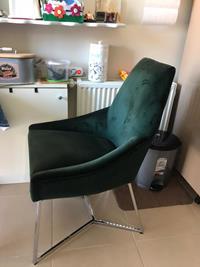 Şık ve rahat 4 adet sandalye resmi