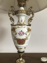 60 yıllık fransız el boyama porselen büyük boy abajur resmi