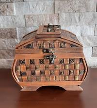 El yapımı bambu kutu resmi