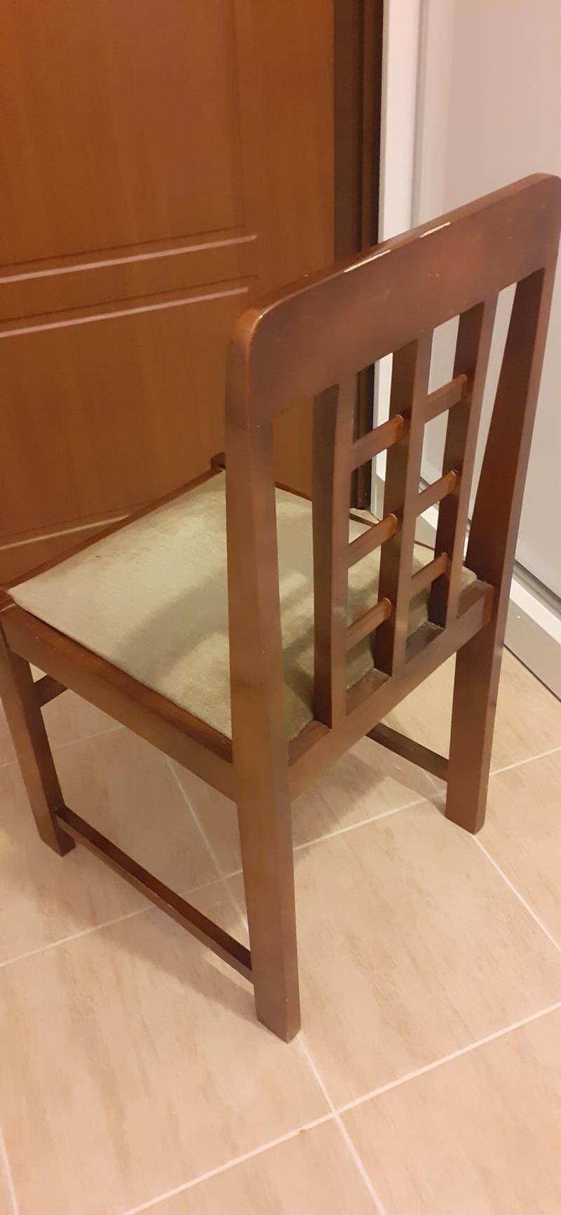 4 adet sandalye resmi