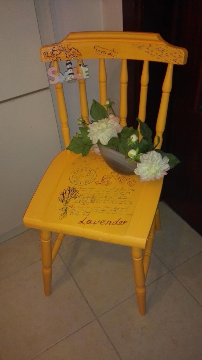 Antika eski vintage sarı thonet sandalye  resmi
