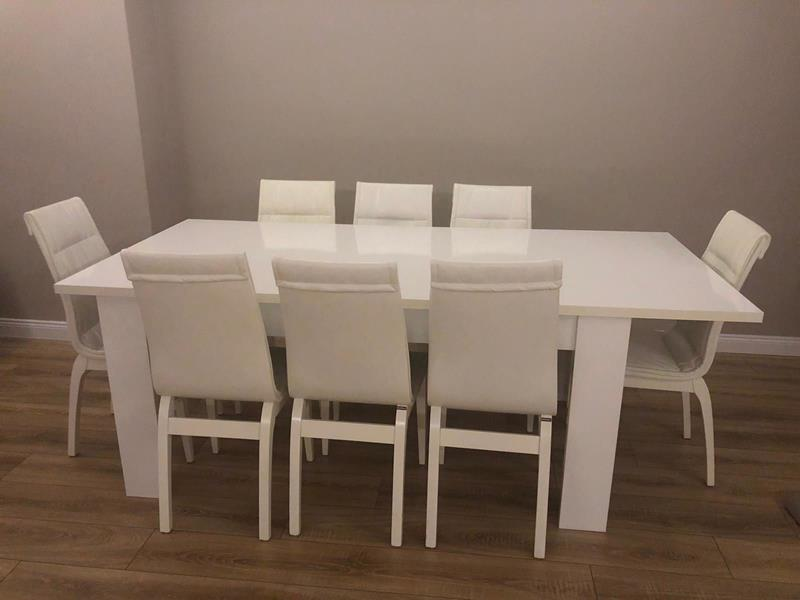 Doğtaş yemek masası resmi