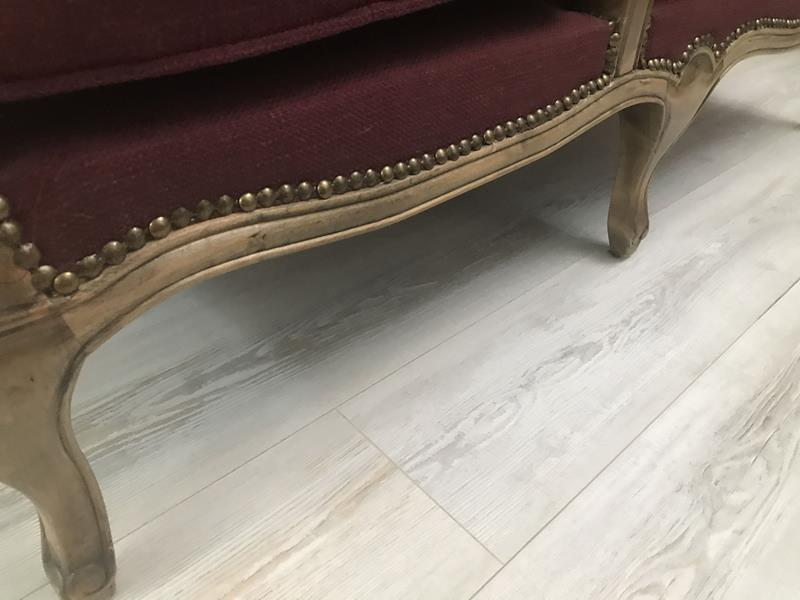 Mudo concept çift kat hazeran sırtlı uzanma koltuğu resmi