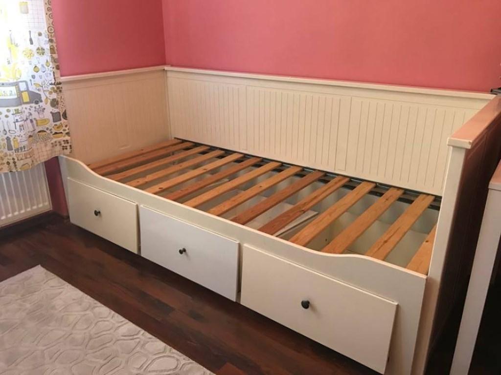 beyaz ikea hemnes divan yatak kullan lm sat c bet l altan. Black Bedroom Furniture Sets. Home Design Ideas