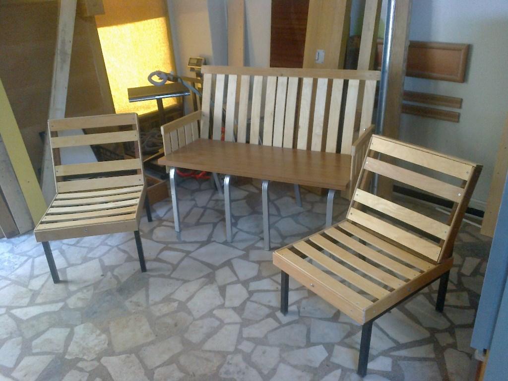 Cok Renkli Ozel Tasarim Balkon Oturma Grubu Yeni Gibi Koltuk Takimi