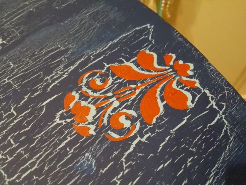 Lacivert-Mavi-Kırmızı Çatlatma Uygulanmış Masif Masa resmi