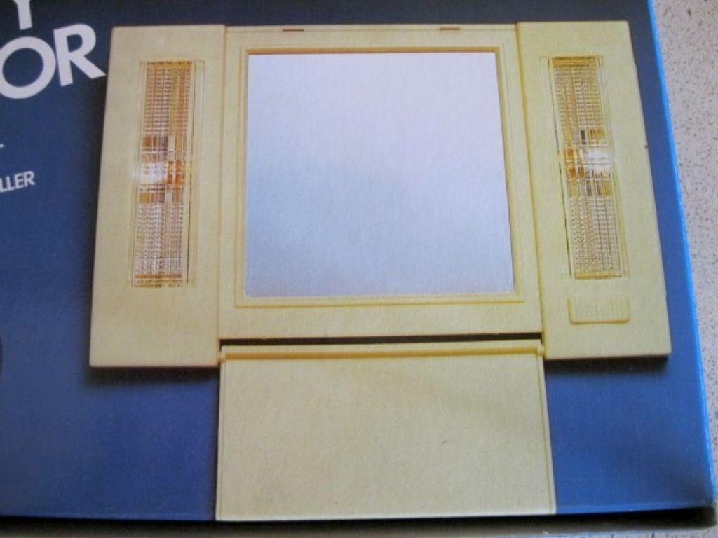 ABD'den Kullanılmamış Işıklı Duvar yada Masaüstü Pratik Ayna  resmi