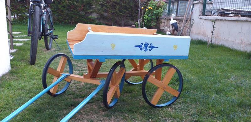 At arabası payton ahşap resmi