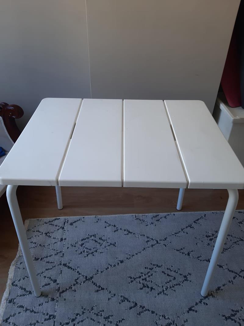 Ikea voddö masa resmi