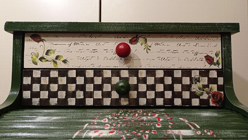 Antika özel yapım dev boyutlu indian tasarım mutfak dolabı resmi