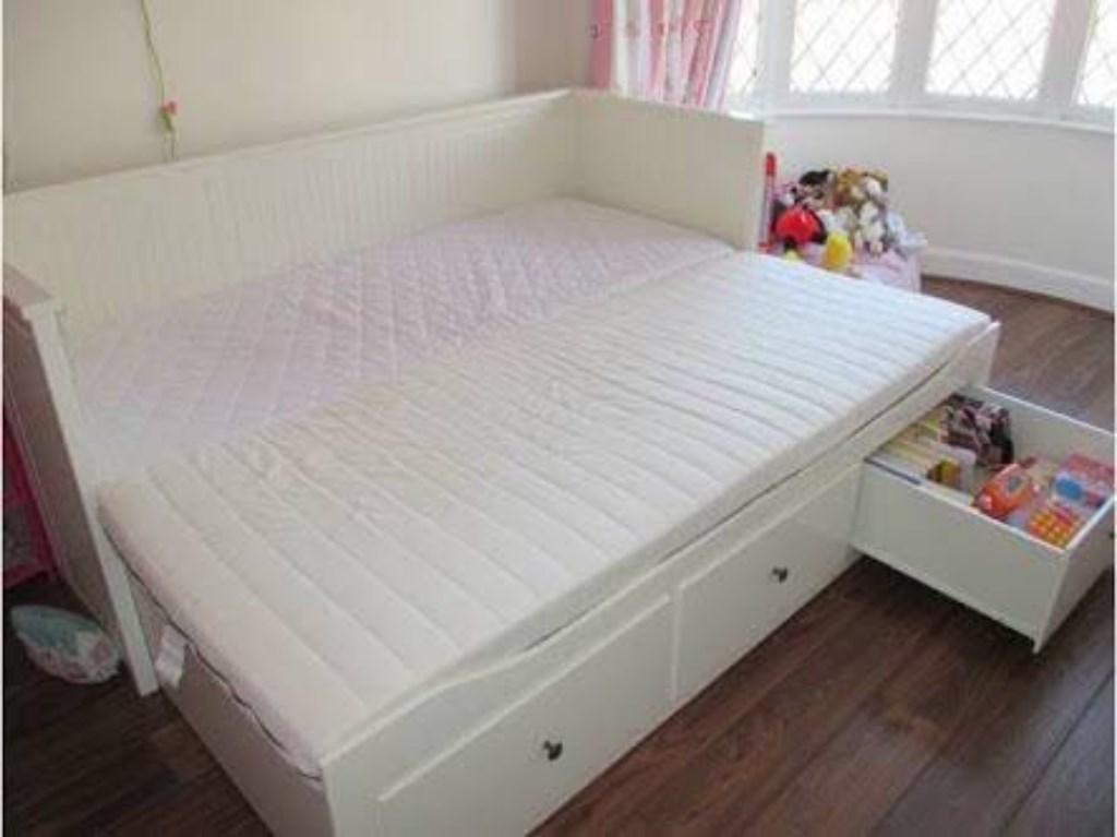 Beyaz ikea hemnes beyaz divan karyola eskice yatak - Divan hemnes ikea ...