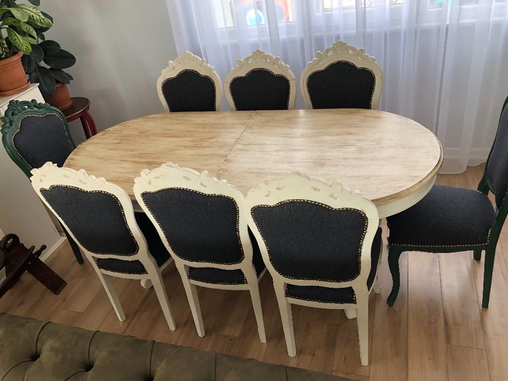 Masa ve sandalye takımı resmi