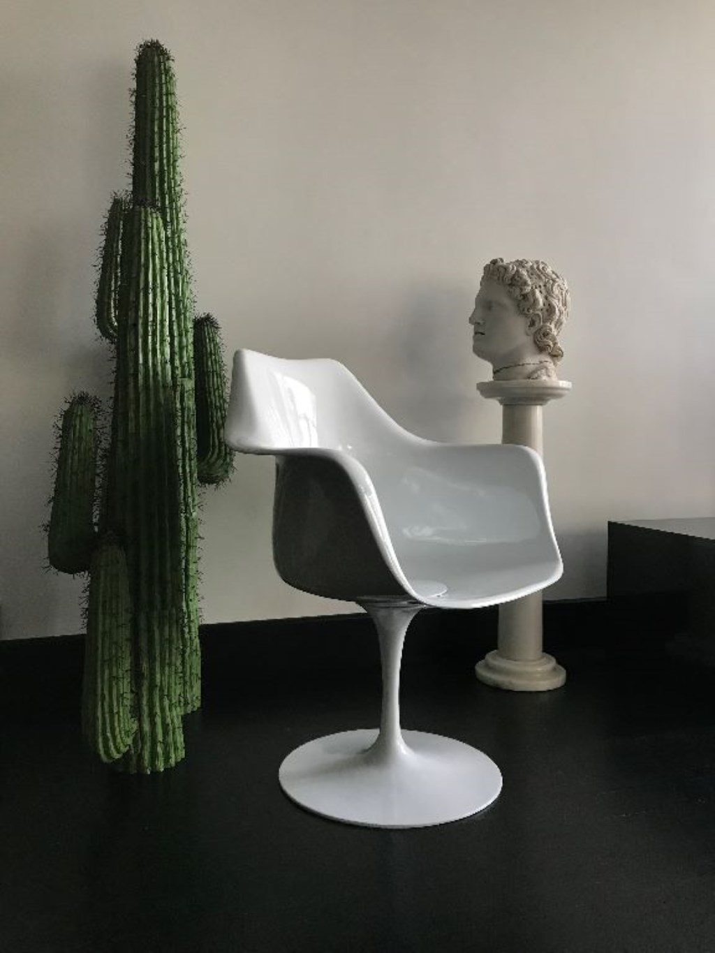 Orijinal Knoll Tulip Arm Chair