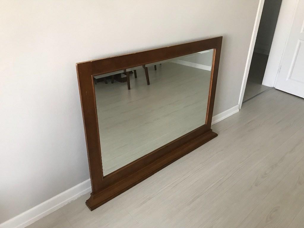 Çerçeveli Ayna resmi