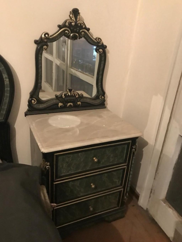 Makyaj masası 2 adet komodin ve sandalyesi  resmi