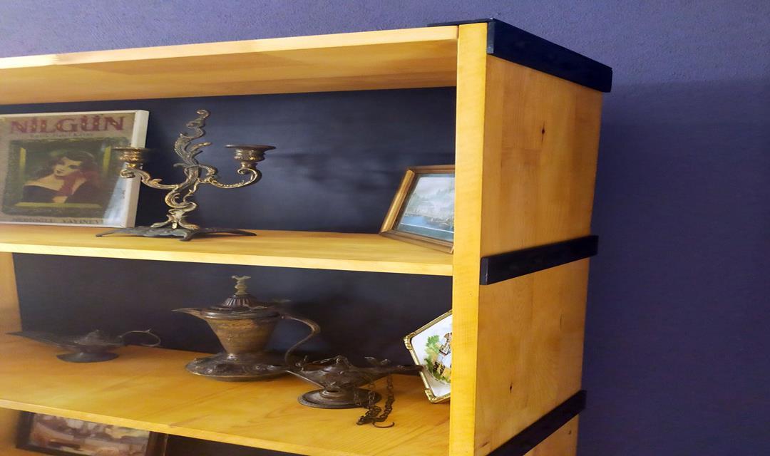 Steampunk Tarzında Özel Yapım Kitaplık resmi