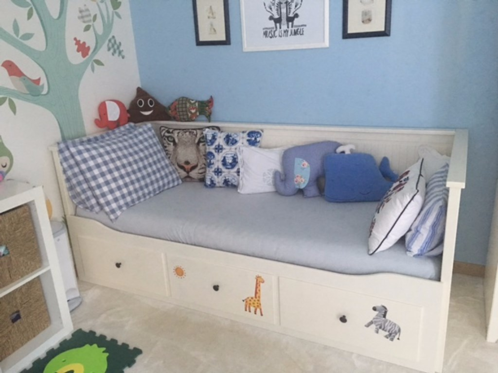 Beyaz ikea hemnes divan kullan lm yatak karyola sat c for Divano hemnes