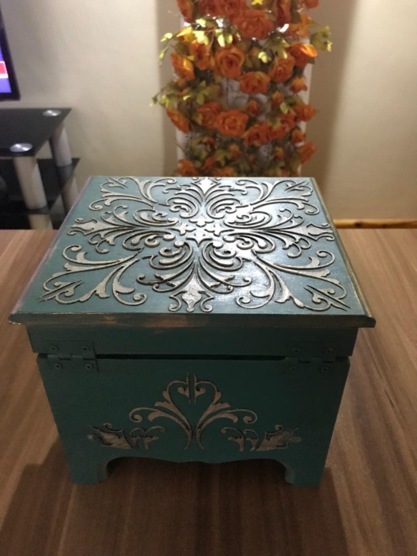 Yeşil Diğer Ahşap Boyama Kare Kutu Yeni Gibi Biblo Vazo