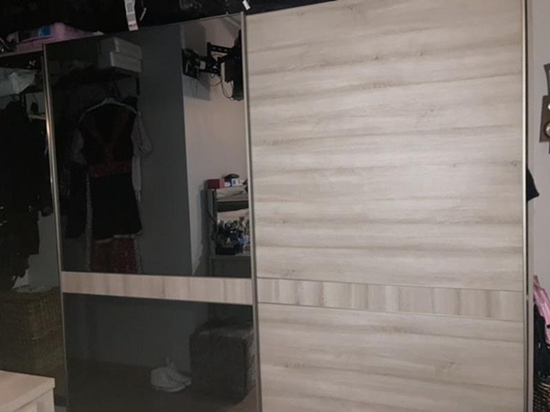 Yatak odası dolabı resmi