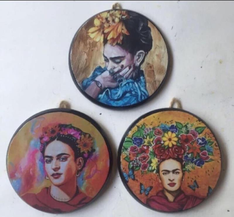 Frida kahlo üçlü duvar seti resmi