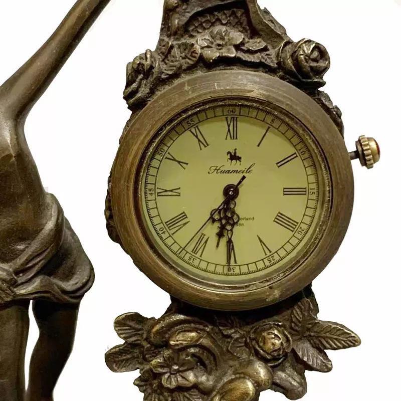 Klasik mekanik antika şömine saati avrupa ürünü  resmi