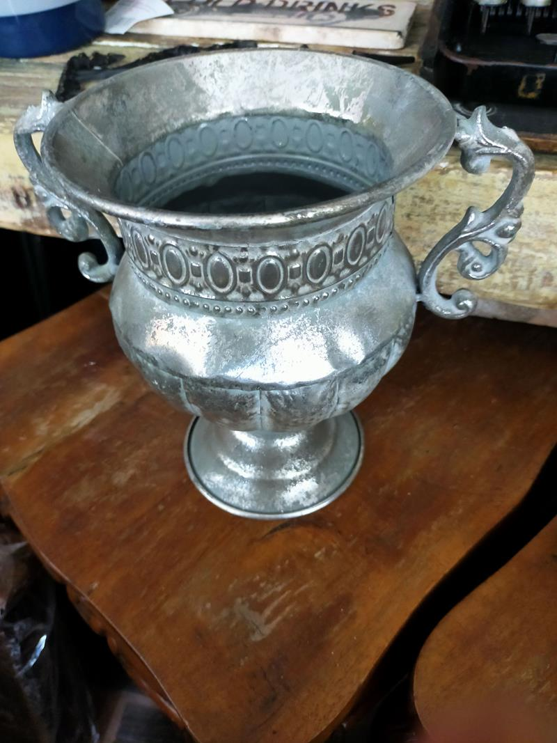 Gümüş döküm kulplu metal kupa uk-01143 resmi