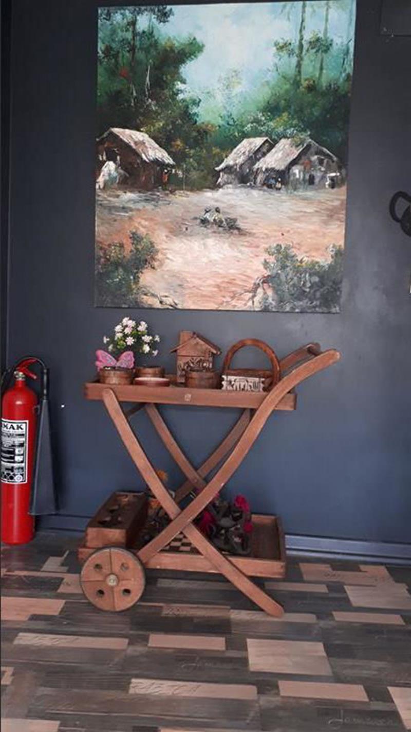 Teak ağacı fsc marka iç dış mekan kullanılabilir servis arabası resmi